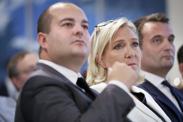 David Rachline te Marine Le Pen en 2016