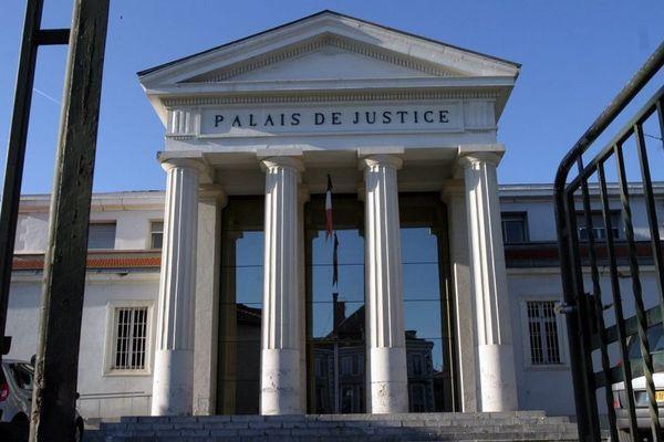 Palais de Justice de Saint-Gaudens (31)