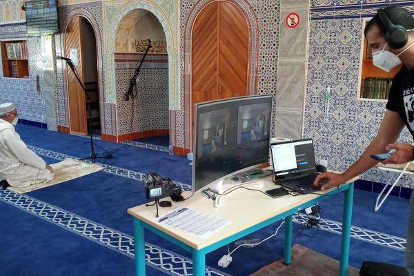 En raison du confinement, la prière à la mosquée de Colomiers près de Toulouse est retransmise sur Youtube