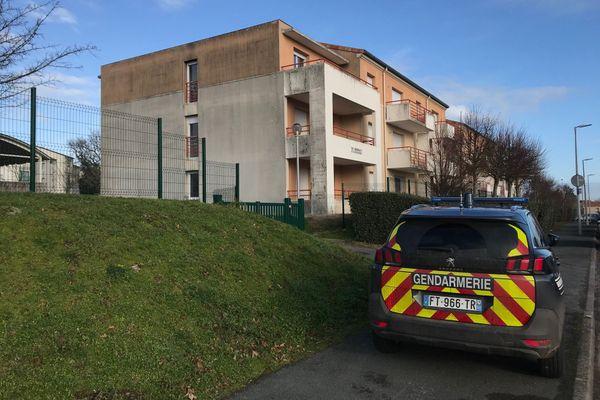 Les gendarmes sont dépêchés sur place pour ce qui s'apparente à une mort suspecte