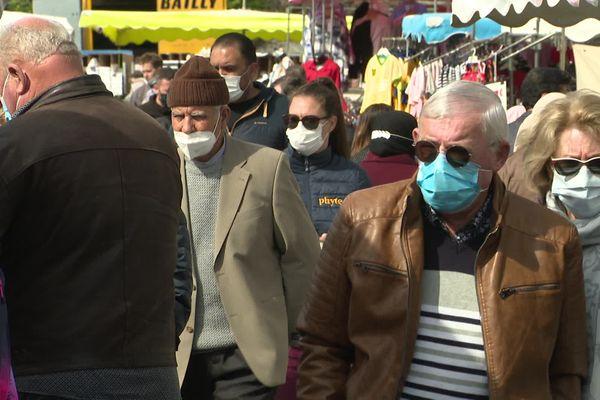 Sur le marché de Lunel ce dimanche 21 mars.
