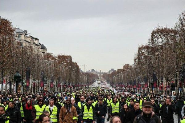 Samedi 22 décembre 2018 à Paris, 2 000 gilets jaunes ont manifesté dans la capitale.