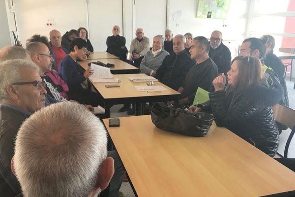 Samedi 2 février 2019, une trentaine de personnes a participé au grand débat national organisé par la mairie de Linguizzetta
