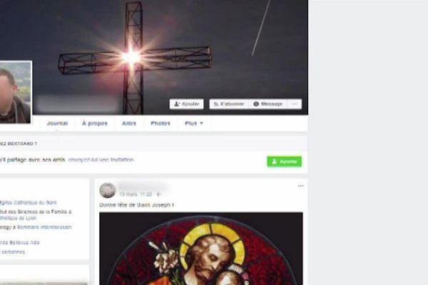 Le prêtre, récemment arrivé dans sa paroisse gardoise, se faisait passer pour une jeune fille sur les réseaux sociaux.