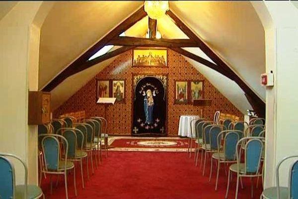 La chapelle du monastère de la Vierge Sainte-Marie et de l'Archange Michel - Eglise copte orthodoxe - (89) Ronchères