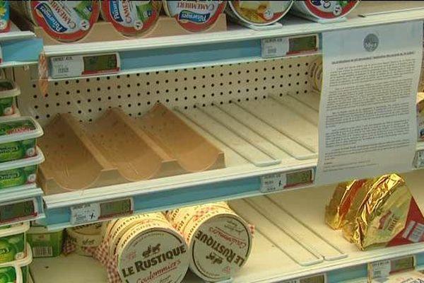 Un des rayons du supermarché Intermarché à Forcalquier.