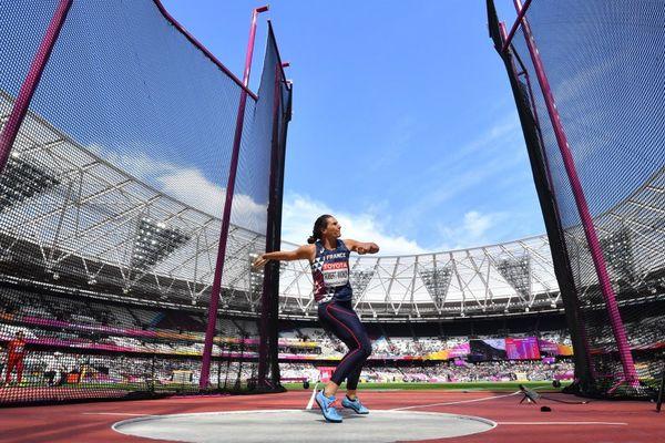Mélina Robert-Michon s'est qualifiée ce vendredi 11 août 2017 pour la finale du disque aux Mondiaux d'athlétisme de Londres avec un jet à 63,97 m