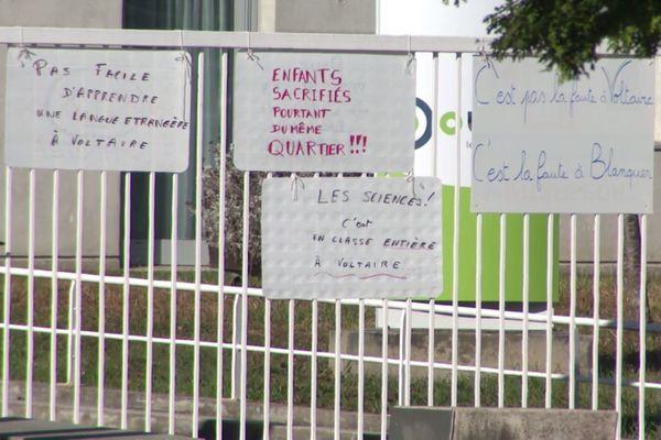 Ce matin-là, les 650 élèves n'ont pas eu cours au collège Voltaire, situé dans le quartier de Planoise, à Besançon.
