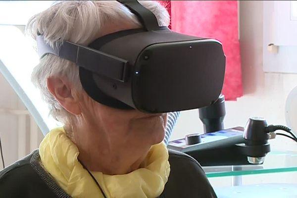 Les résidents de l'Ehpad peuvent utiliser la réalité virtuelle