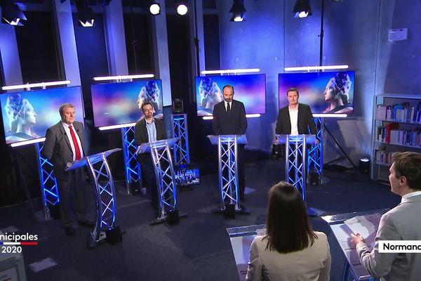 Suivez le débat entre les candidats à la télévision, sur notre site et nos réseaux sociaux France 3 Normandie.