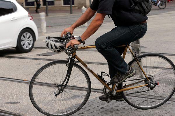 Rouler en vélo à Marseille, un danger quasi permanent...