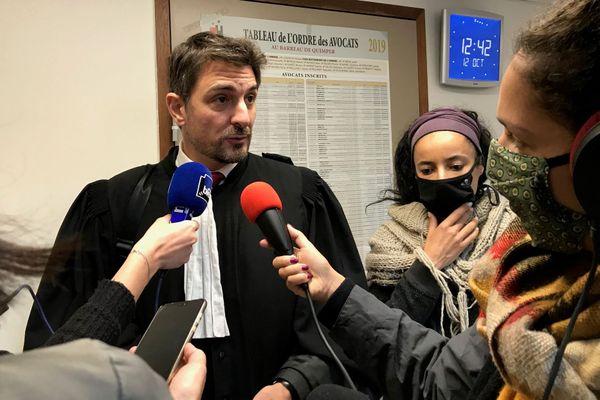 L'ONG Sea Shepherd France représentée par Maître Jean Tamalet et sa présidente Lamya Essemlali (à sa gauche) s'est portée partie civile dans ce procès