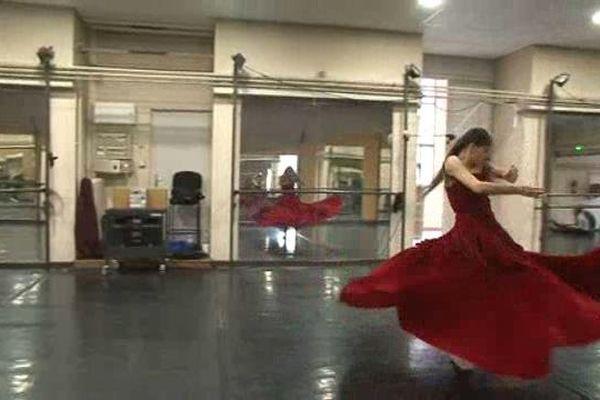 Répétition d'une création sur Puccini à l'opéra de Marseille par les danseurs de la compagnie Julien Lestel
