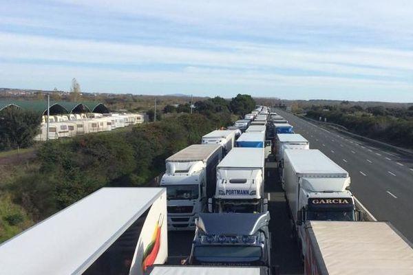 L'autoroute A9 est coupée entre Agde et Béziers. la circulation est paralysée dans les deux sens de circulation