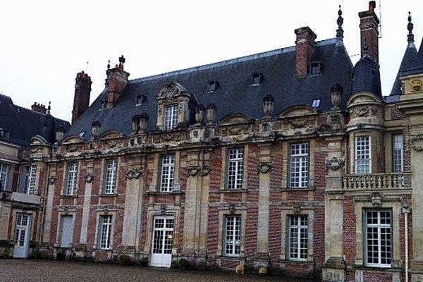 """Le château de Miromesnil bénéficie du label """"Maison des Illustres""""."""