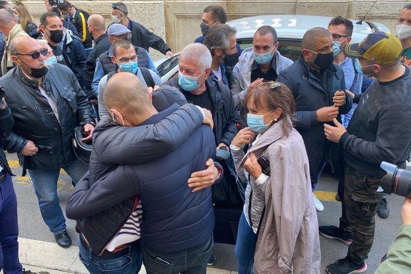 """Procès de la """"Bac Nord"""" à Marseille : le jugement rendu ce jeudi, 7 policiers relaxés, du sursis pour les 11 autres"""