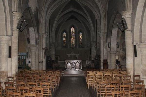 Eglise, image d'illustration, archives France