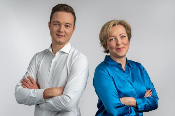 """Loïc Schaeffer et Astrid Servent sont les deux présentateurs du """"18h30"""" sur France 3 Grand Est."""