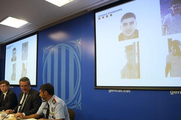 Après les attentats en Espagne, Younès Abouyaaqoub est recherché par toutes les polices d'Europe.