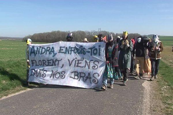Manifestation de soutien à Florent, militant anti-nucléaire, refusant son interdiction de territoire, suite à son expulsion du Bois Lejuc et revenu à Bure (Meuse) le 27 mars 2017.