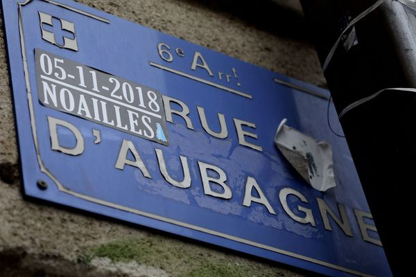 Le 5 novembre 2018, les immeubles 63 et 65 de la rue d'Aubagne s'effondraient à Marseille, provoquant la mort de huit personnes.