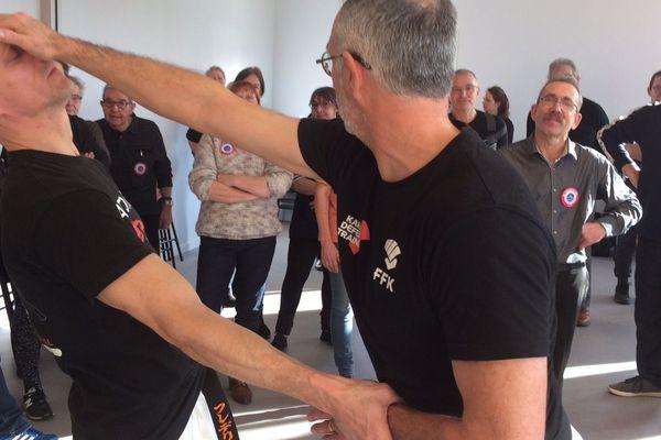 Cet atelier d'autodéfense est animé par le Comité départemental de Karaté de l'Eure.