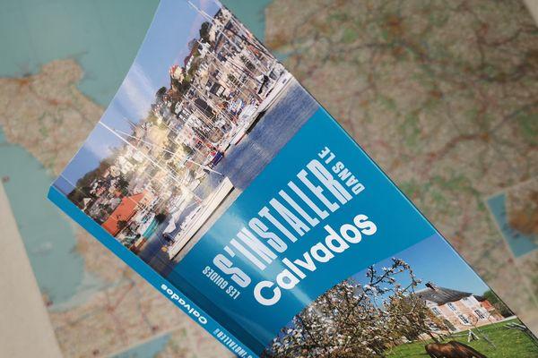 Les éditions Héliopoles sortent leur premier guide sur l'installation dans un département, et il traite du Calvados.