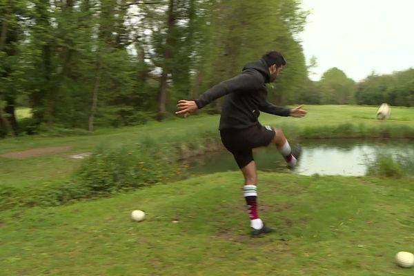 Momenteel wordt er op het droge golf gespeeld.  Wanneer zie je de Waterfoot Golf-versie?
