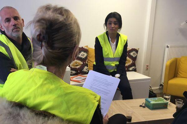 """La député LREM de la Manche Sonia Krimi a reçu une délégation de """"gilets jaunes"""" à sa permanence ce vendredi"""