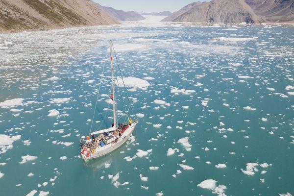 L'expédition Uno Mondo a navigué pendant 2 mois au sud du Groenland et est allée à la rencontre de ses habitants pour mesurer l'impact du réchauffement climatique sur leur vie quotidienne