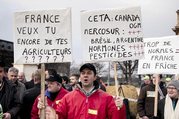 MaxPPP - Manifestation FNSEA/JA à Paris le 19 décembre 2017