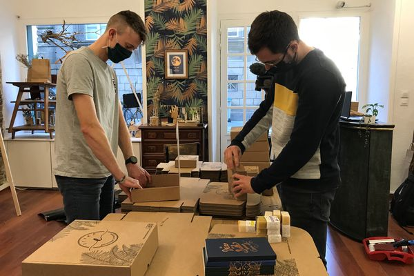 Luc et Nicolas espèrent ouvrir leur boutique Etyka, dès le 1er décembre