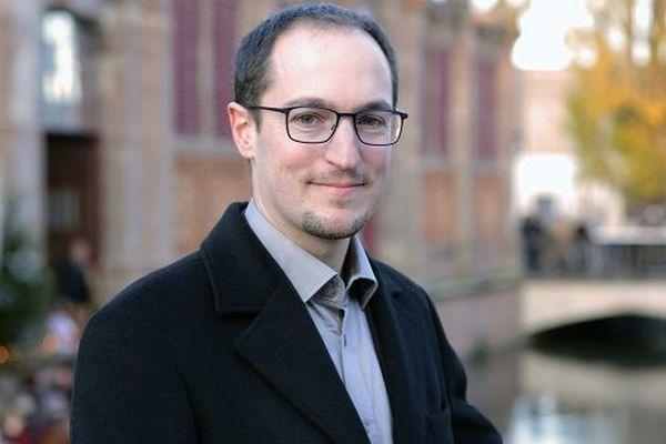 Tristan Denéchaud cherche les voix du centre.