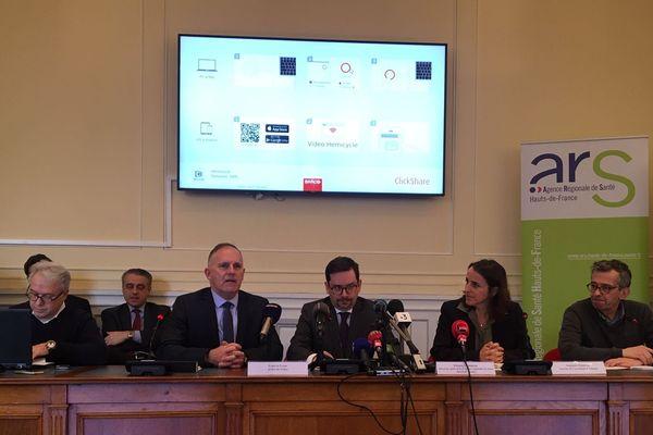Conférence de presse à la préfecture de Beauvais sur le coronavirus