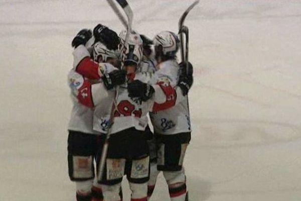 Hockey sur glace ligue Magnus : ICE 4/1 VILLARD, 1369 spectateurs et une folle ambiance à Poissompré.