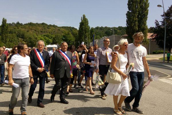 Environ 300 personnes ont participé à la marche blanche en mémoire de Jean-Sébastien Combe Maës.