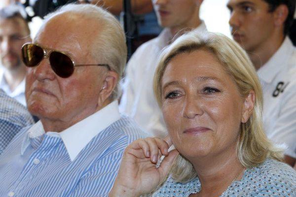 """Pour Marine Le Pen, son père """"semble être entré dans une véritable spirale entre stratégie de la terre brûlée et suicide politique""""."""