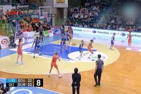 Les basketteuse de Lattes-Montpellier en déplacement à Bourges ont perdu sur le terrain de leur adversaires - 1er avril 2014.