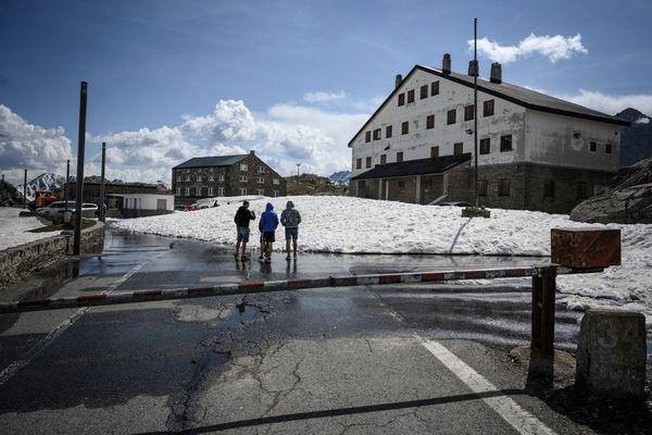 Grand Saint-Bernard, à la frontière italo-Suisse