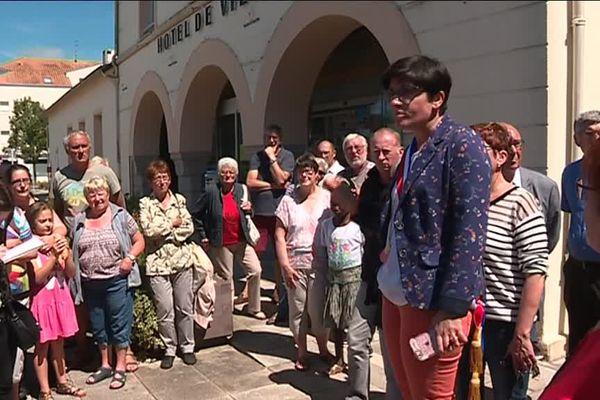 Rassemblement de la maire et des habitants des Sorinières, le 21 juin 2018