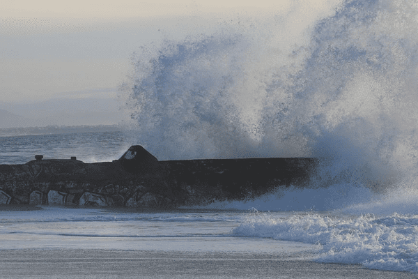 Vagues à Cap Breton dans les Landes