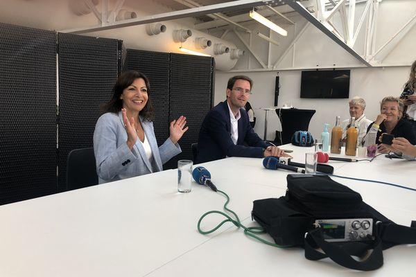 Anne Hidalgo et Nicolas Mayer-Rossignol à Rouen lors d'un entretien privé avec la presse locale.