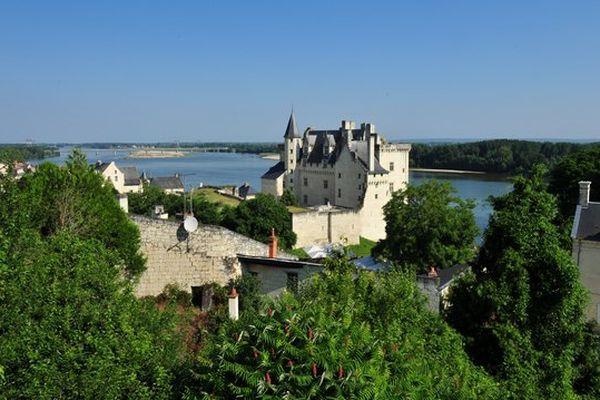 Le château de Montsoreau accueille Art et Langage, parcours d'art conceptuel