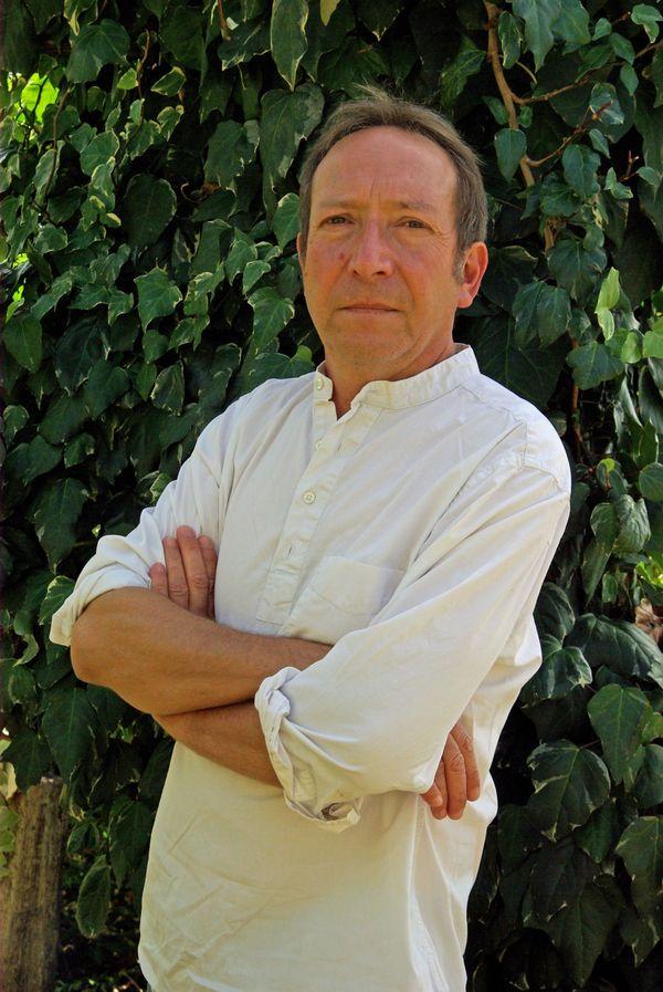 Serge Sanchez, observateur lucide de sa Charente d'adoption.