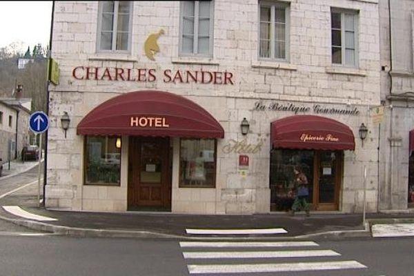 Après de lourds travaux, l'hôtel Charles Sander avait ouvert en 2004.