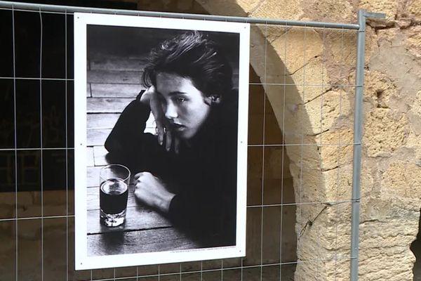 Isabelle Adjani photographiée à 18 ans par Anny Duperey invitée d'honneur du festival photo de Montignac (Dordogne)