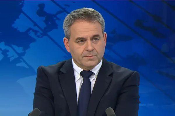Xavier Bertrand, sur le plateau du 19/20 de France 3 Picardie le 15/12/2015.
