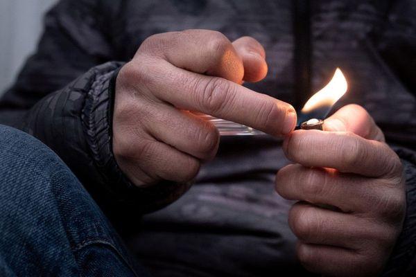 Un total de 3.952 lieux de vente de stupéfiants ont été recensés en France métropolitaine et en Outremer par le ministère de l'Intérieur, a indiqué dimanche Gérald Darmanin