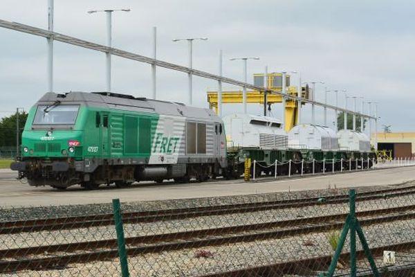 Le convoi arrivé au terminal ferroviaire d'Hermanville (Manche) le 17 juin transporte 6,7 tonnes de combustibles usés.