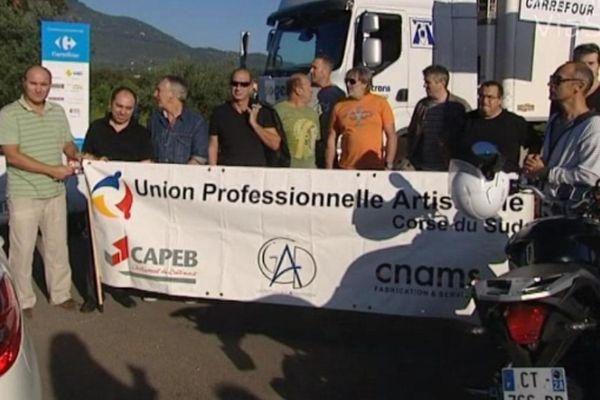 Des commerçants d'Ajaccio ont manifesté, le 2 octobre, contre l'ouverture d'un hypermarché le dimanche